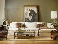 Nous allons vous donner une idée qui vous aidera à intégrer la table basse style industriel dans le décor de votre salon contemporain.Cette idée astucieuse