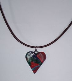 """Feines Lederhalsband mit Herzanhänger """"Stimmung"""" Preis: Euro --- Fine leather collar with heart pendant """"Mood"""" Price: Euro --- Collar de cuero fino con colgante de corazón """"Humor"""" Precio: euros Jewelry Shop, Jewelry Necklaces, Handmade Jewelry, Mood Jewelry, Leather Collar, Cars For Sale, Bracelets, Vibrant Colors, Etsy"""