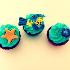 The little mermaid cupcakes - Flounder Little Mermaid Cupcakes, The Little Mermaid, Disney Princess Cupcakes, And July, Cute Cupcakes, Disney Food, Confectionery, Cup Cakes, Cake Ideas