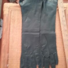 True Vintage Mid Century Soft Kid Leather GLOVES BLACK from Italy Gorgeous! #Unbranded #Cocktail
