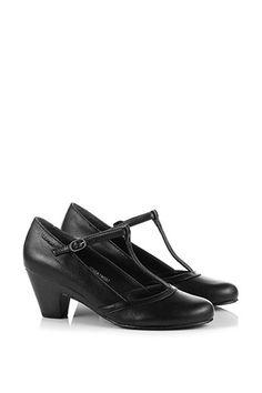 Esprit / Charmante pumps met T-strap Twenties Party, Tap Shoes, Dance Shoes, T Strap, Character Shoes, Oxford Shoes, Pumps, Fashion, Spirit