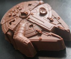 Prepare to hit your taste buds at light speed with these Millennium Falcon chocolate molds. These geeky Star Wars themed silicone molds can be also be used to create Millennium Falcon shaped ice cubes, and will be a big hit at any geeky party.