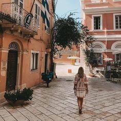 Shot by @claudia_bakic #corfu #kerkyra #corfuoldtown #corfuisland #greece #korfu #visitgreece #travelgreece #traveldiary # #summer #summervacations #corfu_town #greece #greeceshotz #greece_travel #greece_is_awesome #greecelove #greececulture