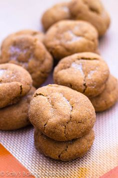 Soft, chewy, & thick Gingersnap Molasses Cookies. And they're so easy to make!