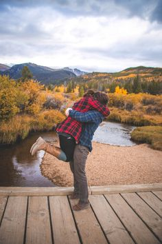 Alyssa +Ben Photo By Ashley Hoyle Photo Fall Mountain Colorado Engagement Session
