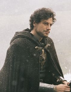 Ioan Gruffud, in this image, is much as I imagined Akabe.