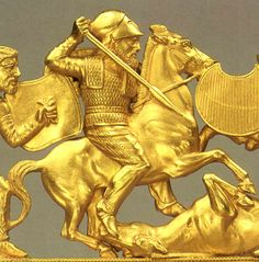Scythian golden comb, probably made by Greeks, from Solokha, early century, Hermitage Museum Medieval Jewelry, Ancient Jewelry, Historical Artifacts, Ancient Artifacts, Ancient History, Art History, Sculptures, Lion Sculpture, Hermitage Museum