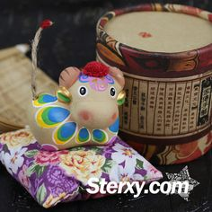 Sterxy Clay Animal Figurine Chinese Zodiac Clay Handmade Colorful Ornaments Traditional Home Decor Gift, Rabbit Chinese Zodiac, Clay Animals, Decor Room, Handmade Ornaments, Cartoon Styles, Ox, Traditional House, Decor Crafts, Handicraft