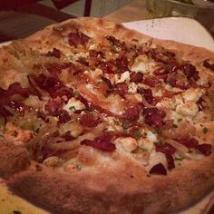 Fig Jam & Bacon Pizza at Trellis in Lincoln Park, Chicago