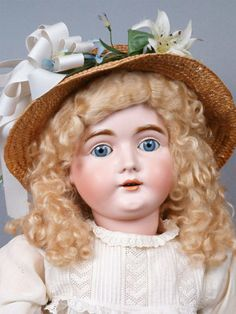 Beautiful-32-Kestner-164-Antique-Bisque-Doll-With-Gorgeous-Golden-Blond-Wig
