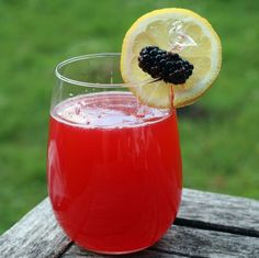 Blackberry Thai Basil Lemonade // recipe by Rachel Rappaport: