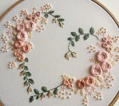 Wonderful Ribbon Embroidery Flowers by Hand Ideas. Enchanting Ribbon Embroidery Flowers by Hand Ideas. Hand Embroidery Stitches, Silk Ribbon Embroidery, Embroidery Hoop Art, Crewel Embroidery, Hand Embroidery Designs, Floral Embroidery, Cross Stitch Embroidery, Wedding Embroidery, Embroidery Ideas
