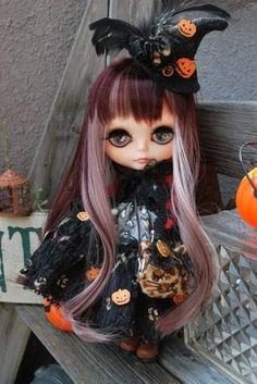 Custom Blythe Doll 'Witch of Halloween' Outfit Dress Hat Coat Cloak Bag Japan | eBay