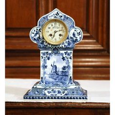Superb Early 20th Century Dutch Hand-Painted Blue and White Faience Delft Mantel Clock | DECASO