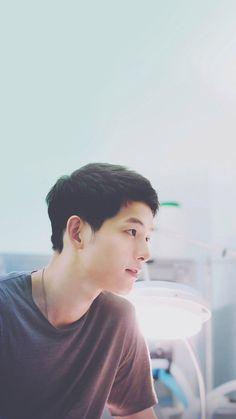 ❤Descendants of the Sun❤ Song Joong Ki + Song Hye Kyo❤ SongSong Songsong Couple, Best Couple, Song Joong Ki, Korean Drama Songs, Korean Dramas, Descendants Of The Sun Wallpaper, Song Hye Kyo Descendants Of The Sun, Kdrama, Decendants Of The Sun