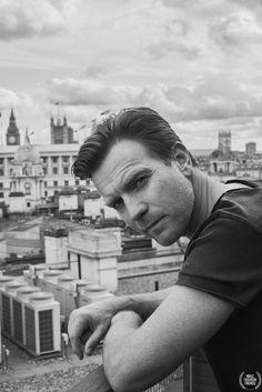 Ewan McGregor para GQ Alemania Junio 2016 por Hunter & Gatti