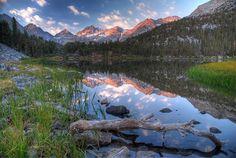"""Luoghi Dal Mondo su Twitter: """"Heart Lake in Rock Creek, California…"""