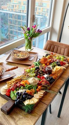 Gourmet food stylist Charc Bites styles a gorgeous charcuterie board using Frontgate s European Charcuterie Board Gourmet Recipes, Appetizer Recipes, Appetizers, Cooking Recipes, Healthy Recipes, Party Food Platters, Cheese Platters, Food Buffet, Buffet Ideas