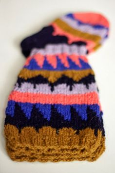 Knitting For Kids, Knitting Socks, Baby Knitting, Knitted Hats, Knit Socks, Knitting Designs, Knitting Projects, Knitwear, Knit Crochet
