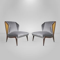Pair of Italian Wingback Lounge Chairs in the Manner of Gio Ponti image 4