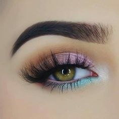70 Sommer Make-up für Frauen 70 maquillaje de verano para mujeres # verano, Mermaid Eye Makeup, Mermaid Eyes, Unicorn Makeup, Mermaid Mermaid, Mermaid Makeup Tutorial, Skin Makeup, Eyeshadow Makeup, Makeup Brushes, Eyeshadow Palette