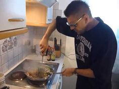 AlfVsAlf Dj-cooking in the HOUSE