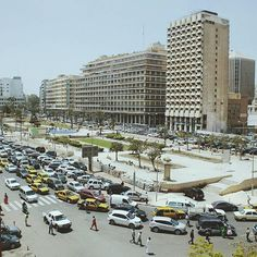 Dakar, Place de l'indépendance. @bizengadasilvio #senegal