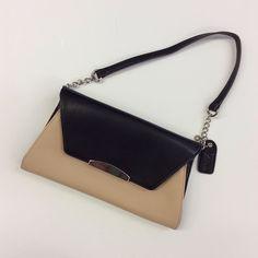 #Clarks #Clutch | $36! Call for more info (781)449-2500. #FreeShipping #ShopConsignment  #ClosetExchangeNeedham #ShopLocal #DesignerDeals #Resale #Luxury #Thrift #Fashionista