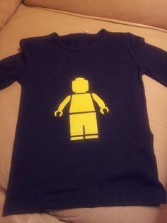 Zelfgemaakt shirt (met strijkvelours/flock) voor mijn kleine man.