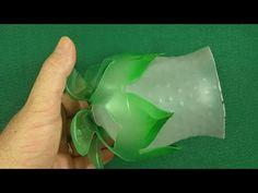 23 Clever DIY Christmas Decoration Ideas By Crafty Panda Coke Bottle Crafts, Water Bottle Crafts, Reuse Plastic Bottles, Plastic Bottle Flowers, Plastic Bottle Crafts, Diy Home Crafts, Creative Crafts, Diy Crafts For Kids, Jute Crafts