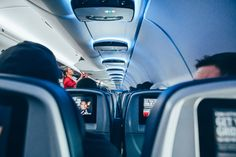 The 10 best airlines to travel in economy Make Money Traveling, Travel Money, Traveling By Yourself, How To Make Money, Kissimmee Florida, Las Vegas Hotels, Oahu, Best Airlines, Airline Travel