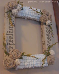 Beautiful wreath with tutorial on how to make bubble fabric