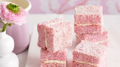 Strawberry jelly cakes :: Australian Women's Weekly Mobile