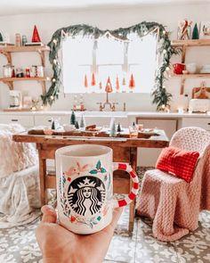 christmas mood Pink and Red Christmas Christmas Room, Merry Little Christmas, Cozy Christmas, All Things Christmas, Christmas Holidays, Christmas Decorations, Whimsical Christmas, Bohemian Christmas, Starbucks Christmas