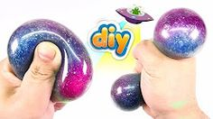 DIY Galaxy Anti Stress Ball & Galaxy Slime - put netting around ball as well(? Boule Anti Stress, Anti Stress Ball, Diy Fidget Toys, Diy Toys, Projects For Kids, Diy For Kids, Crafts For Kids, Kids Fun, Slime Sans Borax