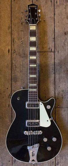 1955 GRETSCH DUO JET.A lovely example of an early Duo Jet in excellent condition. De Armands, Nitron top, Melita bridge, G Tailpiece, Block inlay. No label in cavity. Weighs in at a great 6.9 pounds. A very playable collectible 50's Gretsch.