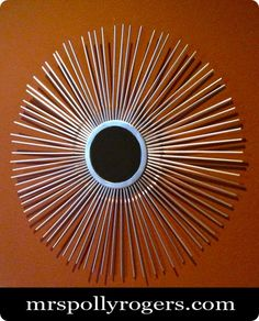 Silver Starburst Mirror made by spray painting plastic straws!!  brilliantly fast, cheap and easy!!