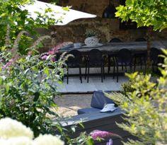 jardin - la paresse en douce - chambres d'hotes - b&b - auvergne - france Outdoor Furniture Sets, Outdoor Decor, Sun Lounger, Home Decor, Gardens, Sloth, Bedrooms, Chaise Longue, Decoration Home
