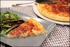 La quiche lorraine est un grand classique de la cuisine française et chaque famille a sa version traditionnelle. Du coup, j'ai eu envie de tester la version revisitée de Cyril Lignac histoire de vo…