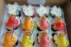 Padawan cupcakes for Star Wars themed baby shower