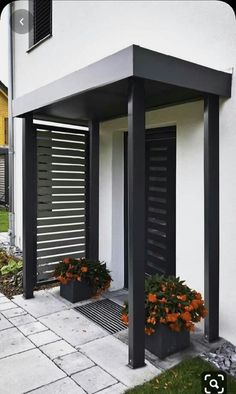 Front Garden Entrance, Front Door Canopy, House Entrance, Pergola Patio, Diy Patio, Backyard, Modern Pergola, Pavers Patio, Small Pergola