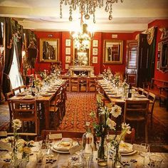 Just finished cooking for 100 delightful wedding guests. This was their room before arrival. #BrunswickHouse #Feasting #Interiors by jackson_boxer