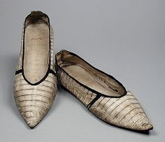 LACMA item # M.67.8.132a-b ; c1796-1797.  England,  Womens' slippers in Kid leather, leather, linen, Length: 10 5/8 in. (26.99 cm)