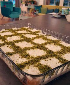 Sosyete Tatlısı | Sibel Yalçın Tiramisu, Food And Drink, Cooking Recipes, Cake, Ethnic Recipes, Desserts, Kitchens, Food Recipes, Pie Cake