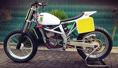 Beautiful flat track bike   DERESTRICTED