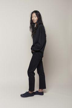 /lagarconne moderne/ artist jean, bata tone on tone sneaker