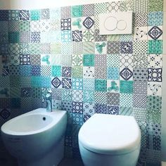 Project: Casa GL_2017 Architect: Zelda de Ruvo Year: 2017 Bathroom Wall tiles: Patchwork of NOVECENTO  KOMON tiles  #ihaveathingwithtiles #walltiles #madeinitaly #tiletuesday #tilework #tileporn #dsfloors #interiordecorating #flooring #wallcovering #floorsilove #homedecoration #floor #interiordesign #interiorstyling #tileaddiction #handmade #furniture #decor #patterns #luxury #novecento #tileinspiration #azulejos #tilesdesign #madeamano #komon #bathroom
