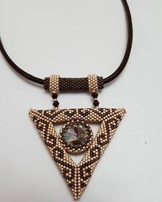 #miyuki kolye#siparişalinir# Beaded Brooch, Beaded Rings, Beaded Jewelry, Handmade Jewelry, Beaded Bracelets, Seed Bead Necklace, Beaded Necklace, Seed Bead Patterns, Vintage 1950s Dresses
