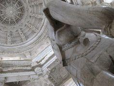 Статуя слона, Ранакпур / Фото из Индии