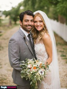 Amy Purdy (in a Pnina Tornai dress) and Daniel Gale -- click through for more wedding pics!